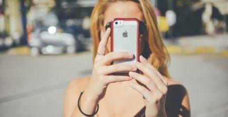 מכור לנייד, התמכרות, אייפון